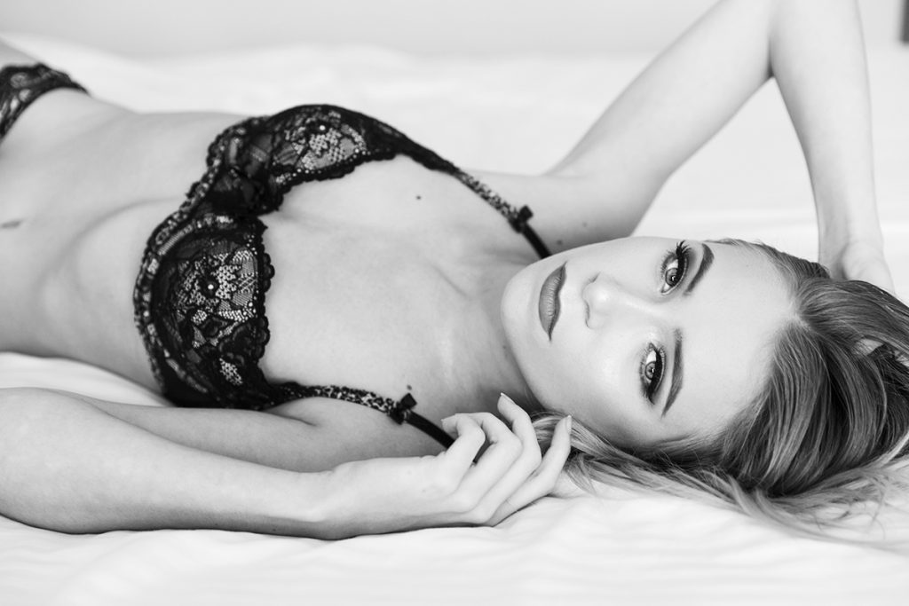 Boudoir photography and contemporary glamour by Wildflower Portraits, Crescent Head and Port Macquarie NSW